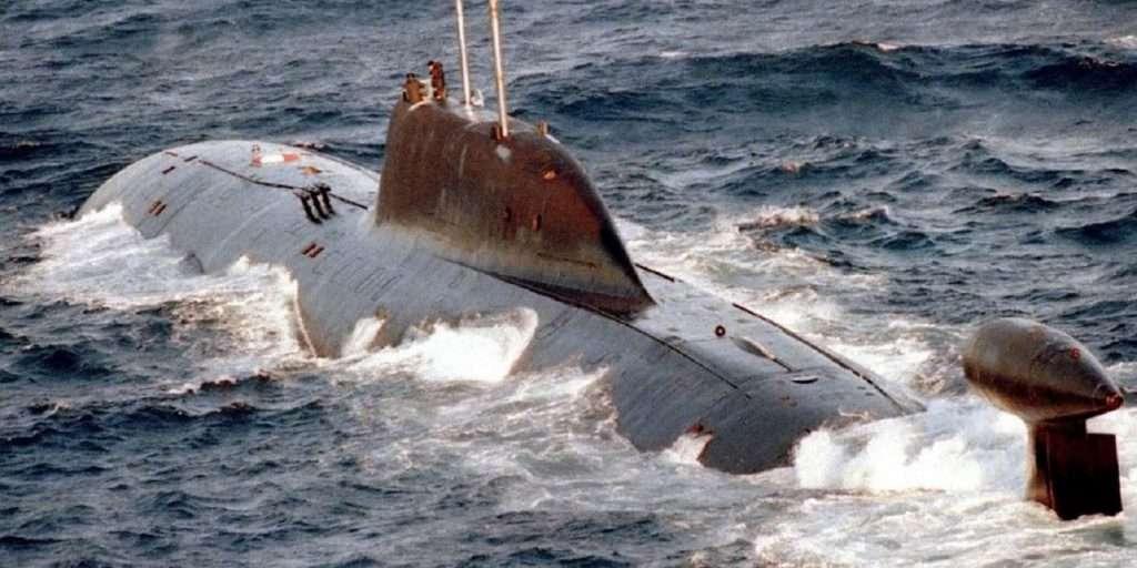 Ρωσικό υποβρύχιο έκανε πρόβα επίθεσης στο αεροπλανοφόρο Αιζενχάουερ στην Κρήτη; | Τι ισχυρίζονται