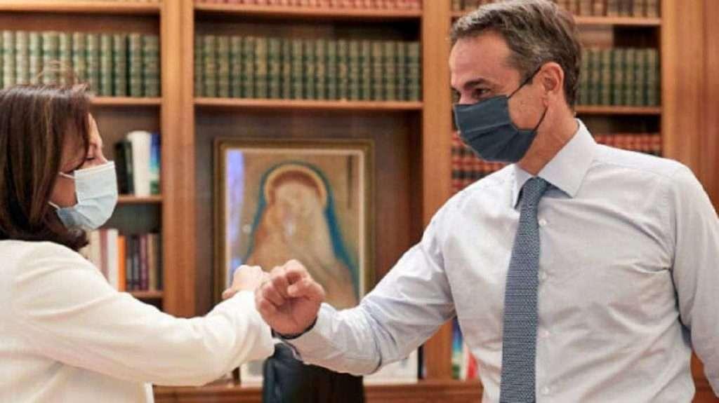 H Διαμαντοπούλου, η COCA COLA, το 'ΔΙΚΤΥΟ' και η υποψηφιότητά της