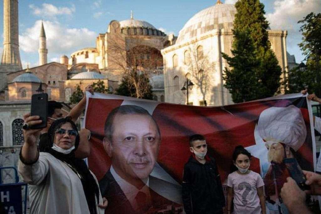 Η Αγιά Σοφιά και η νέα Τουρκία- Γιατί το κάνει ο Ερντογάν