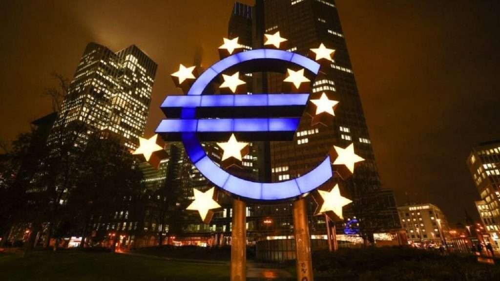 Ελληνικό Χρέος   Το μαγικό έτος 2032, στο σχέδιο της ΕΚΤ