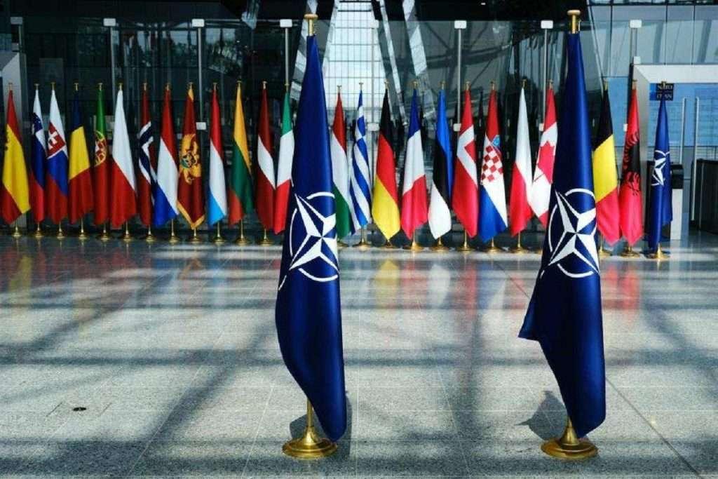 Το ΝΑΤΟ ως Λύση ή Ψεύτικο Δίλημμα;