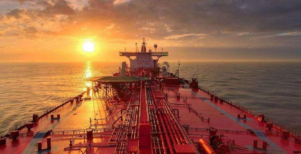 Oι Έλληνες εφοπλιστές αγοράζουν tankers και πλοία ξηρού φορτίου