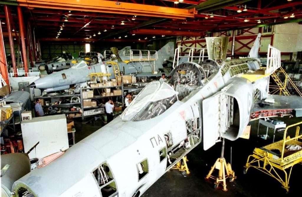 ΕΑΒ | Έξω από την παγκόσμια παραγωγή του F-16 | Η Lockheed Martin την έπαυσε από προμηθευτή