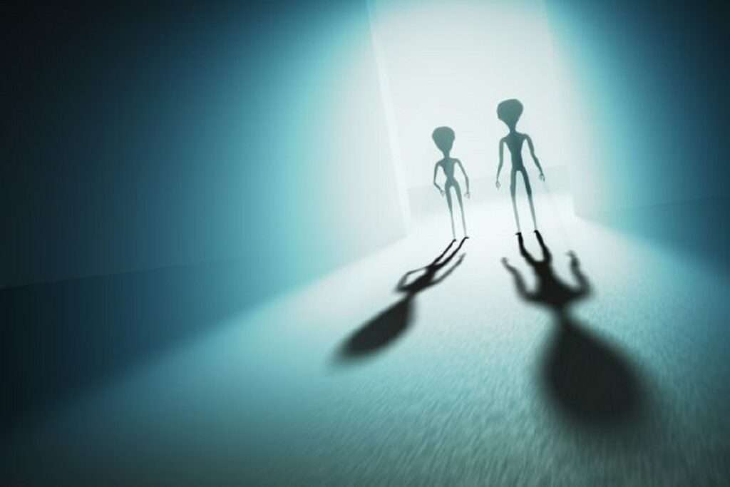 UFO   Έρχονται εξωγήινοι;