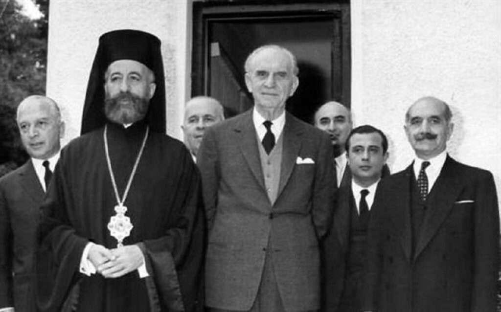 Κρίση 1964 | Φταίει ο «Γέρος» Παπανδρέου ή ο Μακάριος;