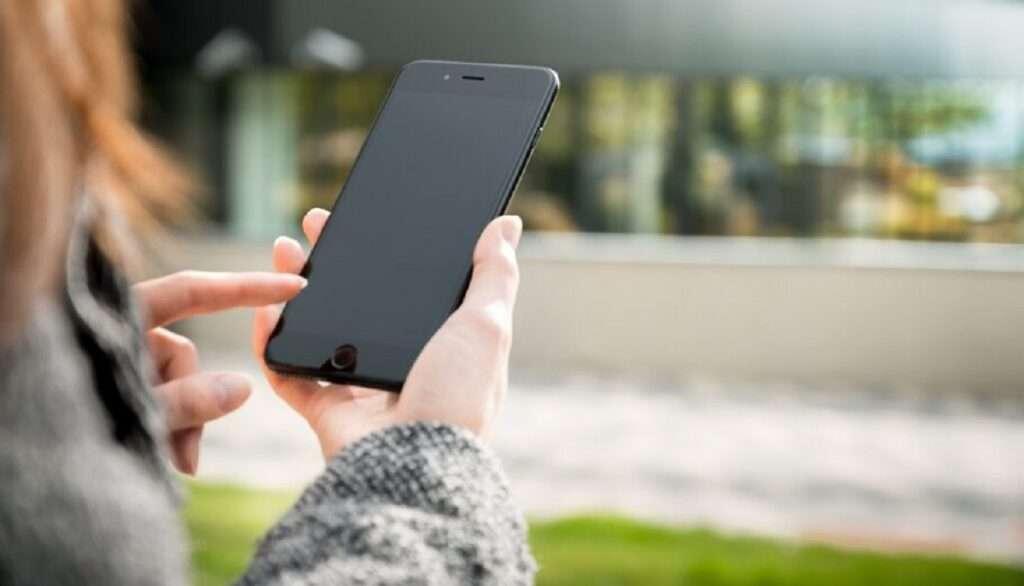 Ποια smartphones σαρώνουν | Πιο ακριβά κινητά αγοράζουν οι Έλληνες